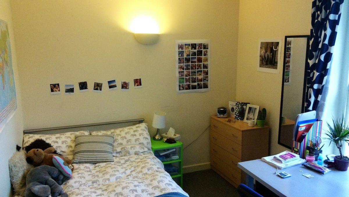 Room 1 Upstairs 1